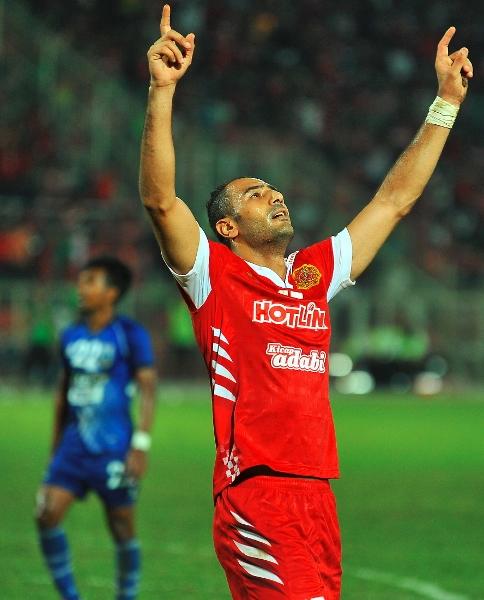 Shawky meraikan jaringan pembukaan Kelantan pada babak pertama perlawanan.